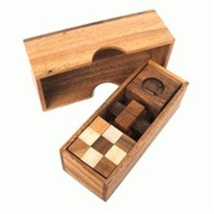 Box met 3 puzzels :: Houten Breinbrekers