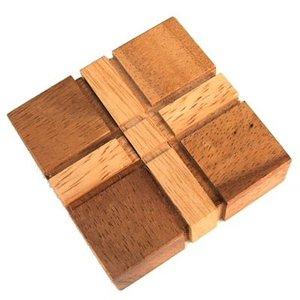 Cross Puzzle :: Houten Breinbreker